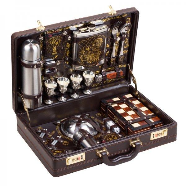 Подарочный набор для пикника «Игрок» (4 персоны) Аксо 120КИ4